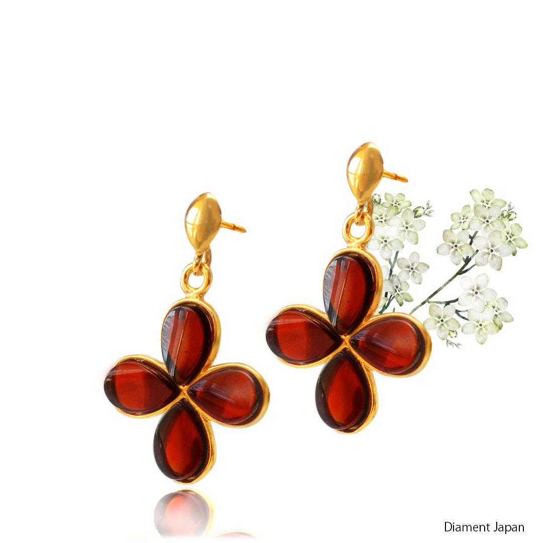 【琥珀アクセサリー】チェリーアンバーのお花デザインピアス