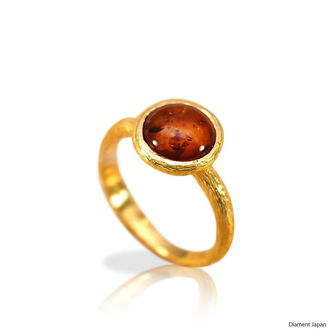 琥珀のリング【コニャックアンバーの指輪】バルト海産出の美しいリング